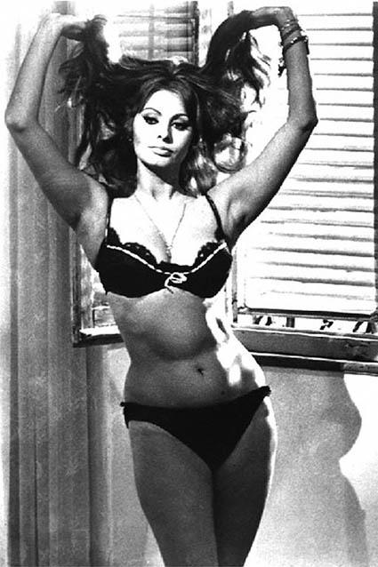 sophia-loren-bikini